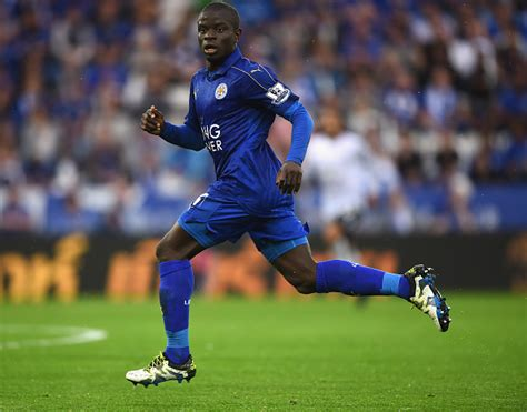 N'Golo Kante to Chelsea: Leicester City midfielder agrees