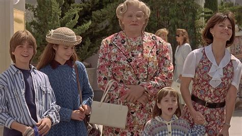 Top Six Mom Movies For Mother's Day (Don't Watch Garry