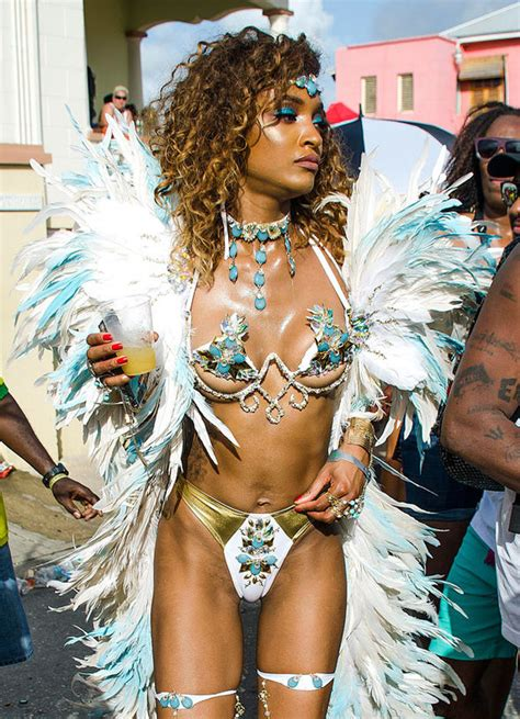 Jourdan Dunn suffers CAMEL TOE and leaves little to the
