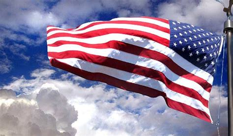 Weekly Wallpaper: Let's Celebrate Old Glory's Day