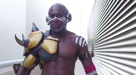 There's already a Doomfist cosplay at SDCC 2017 | Stone